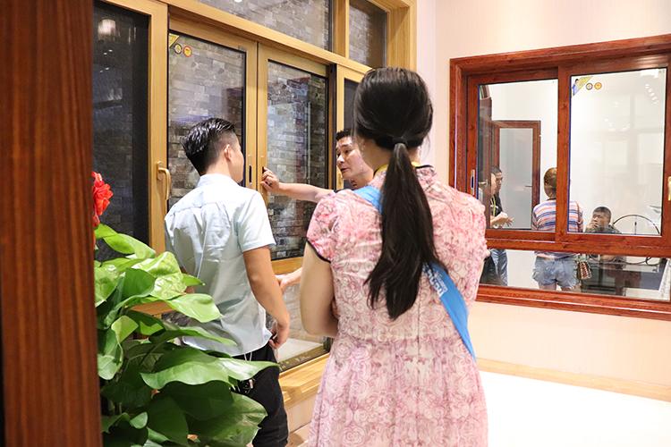 穗福门窗 (1)